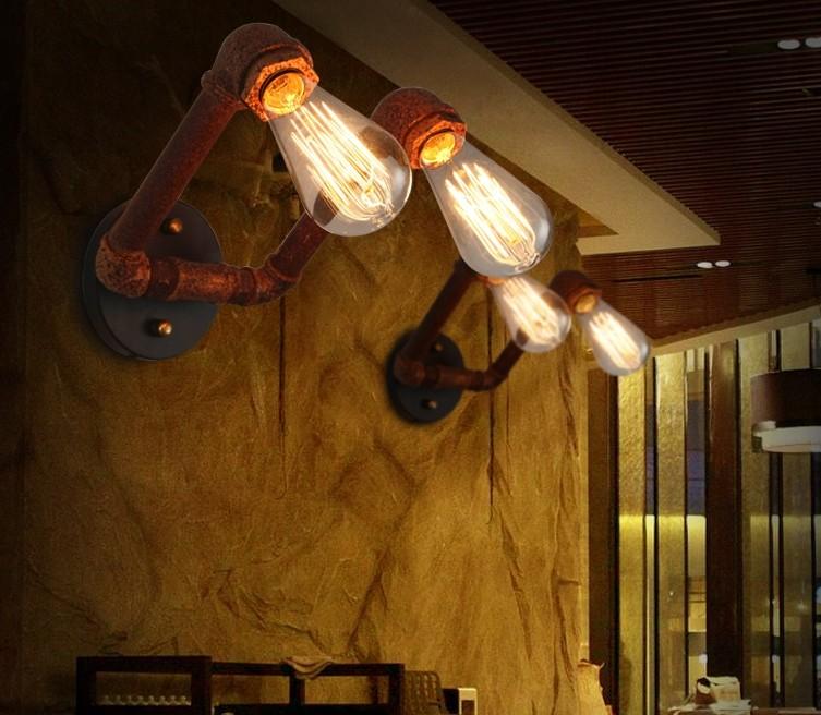 Декоративный светильник из труб в индустриальном стиле