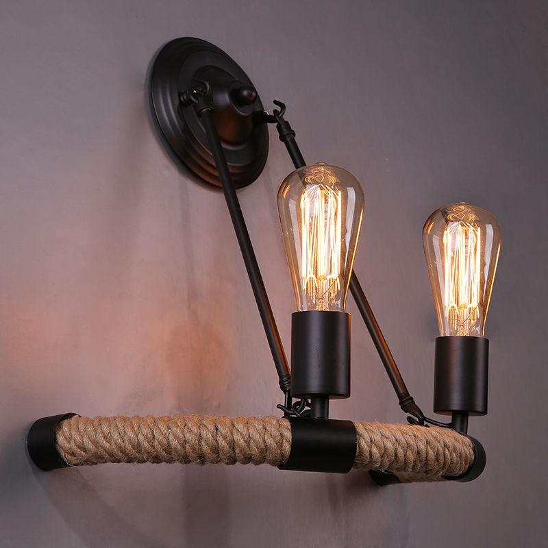 Настенный светильник из труб и шпагата