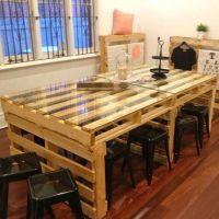 Просторный стол из паллет для офиса МО09