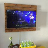Панель из паллет для телевизора ШП22