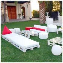Красивый набор мебели для уличного кафе МК191