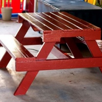 Стол с лавочками удобен для кафе на улице МК238