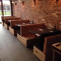 Мебель для кафе из поддонов МК84