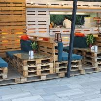 Мебель для кафе из поддонов МК144
